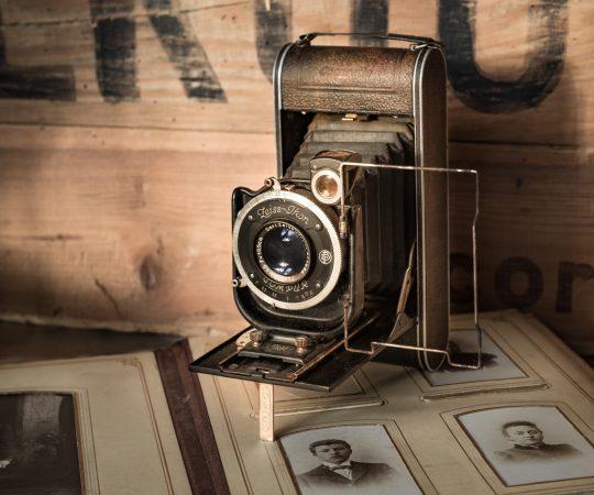 antique-camera-classic-242433